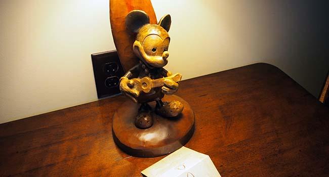 アウラニの部屋で見つけたミッキー画像2