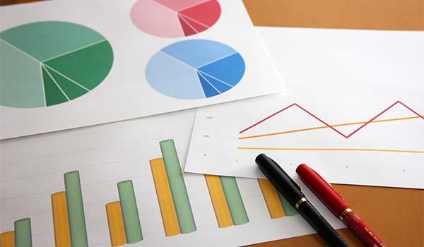 グラフの使い分けブログ_導入画像
